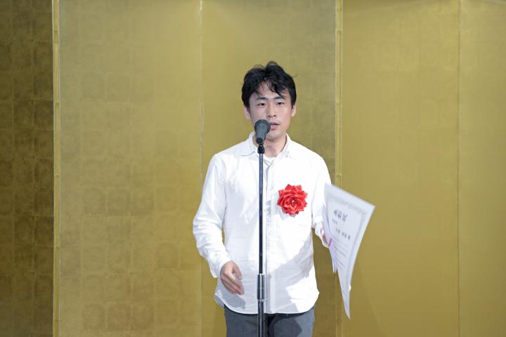 優秀賞:中尾俊祐(和歌山大学 システム工学部 デザイン情報学科4年)/「Corona」