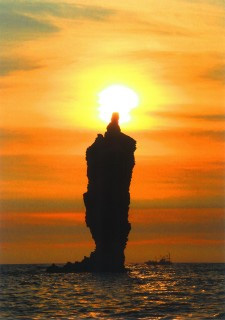 ローソク岩の夕景