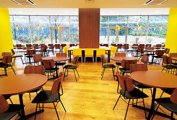 学校法人福岡工業大学 A棟学生ホール