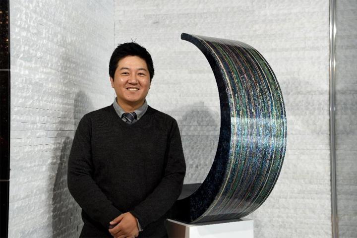 最優秀賞「Waterfall」金俊来(きむ じゅんれ)京都市立芸術大学大学院 漆工専攻