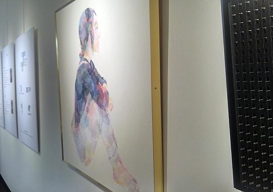 新生紙パルプ商事賞『Box』 筒井美夏さん 水彩画のような繊細なペーパーアートに吸い込まれそう