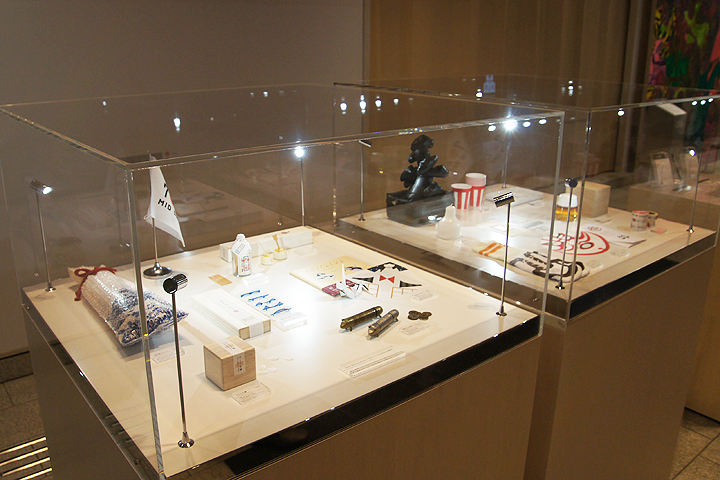 Tokyo Midtown Award デザインコンペ 過去10年の受賞作から商品化・イベント化された17点の展示の様子