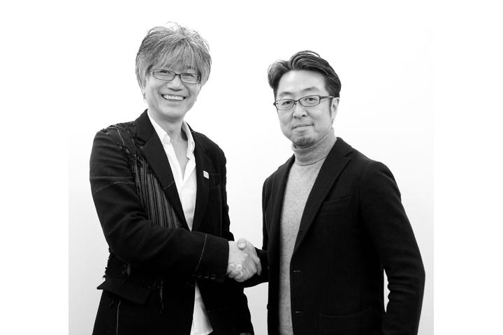 「日本空間デザイン賞」を決定し、固い握手を交わすDSA会長とJCD理事長