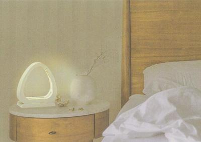 Cuore(クオーレ)<br />眩しさを抑えた頭痛持ちの患者のための照明の提案