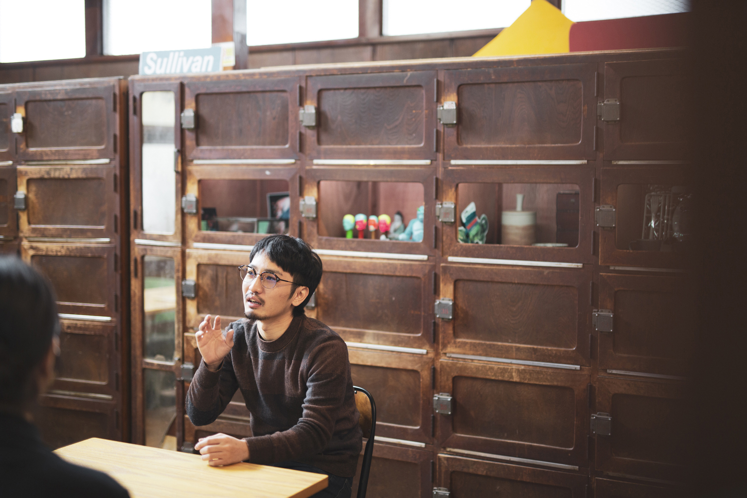 インタビュー中風景(シェル美術賞2019グランプリ黒坂祐/四谷未確認スタジオにて)